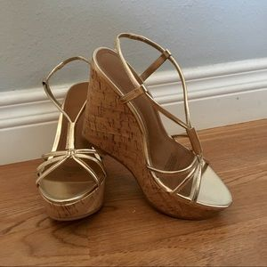 FANCY GOLD WEDGES